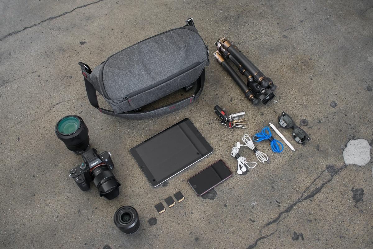 エブリデイスリング10Lに入る荷物量 カメラ・レンズなど