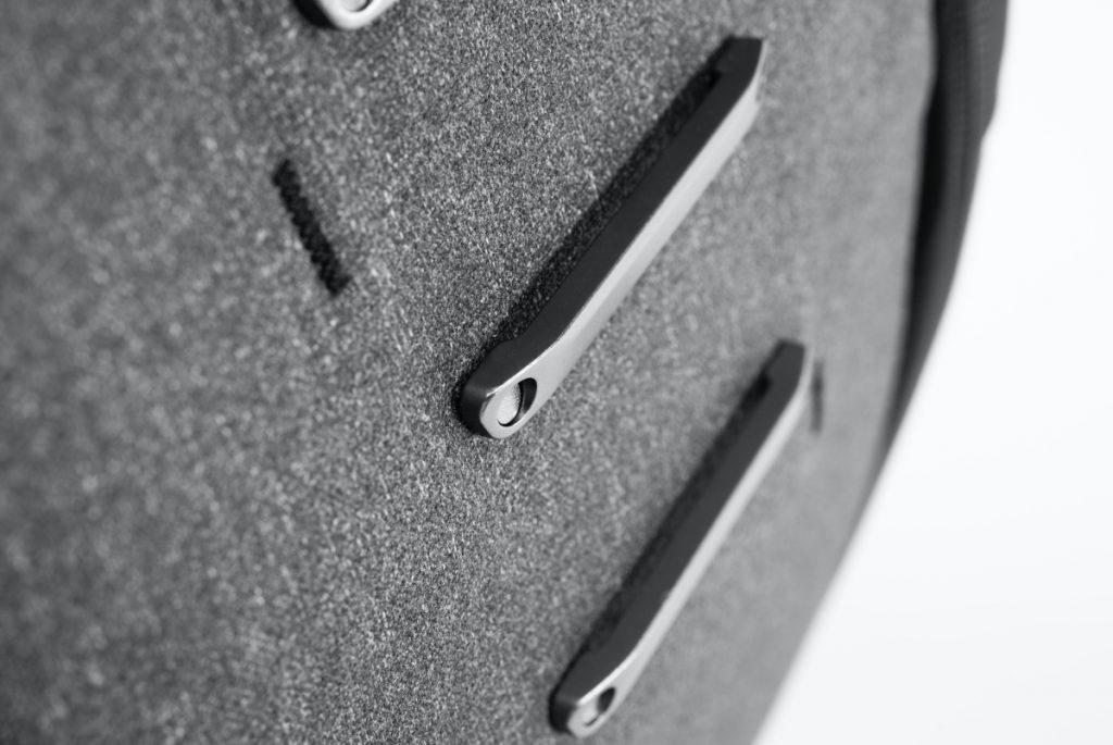 エブリデイバックパック V2 20L チャコール EVERYDAY BACKPACK – Peak Design